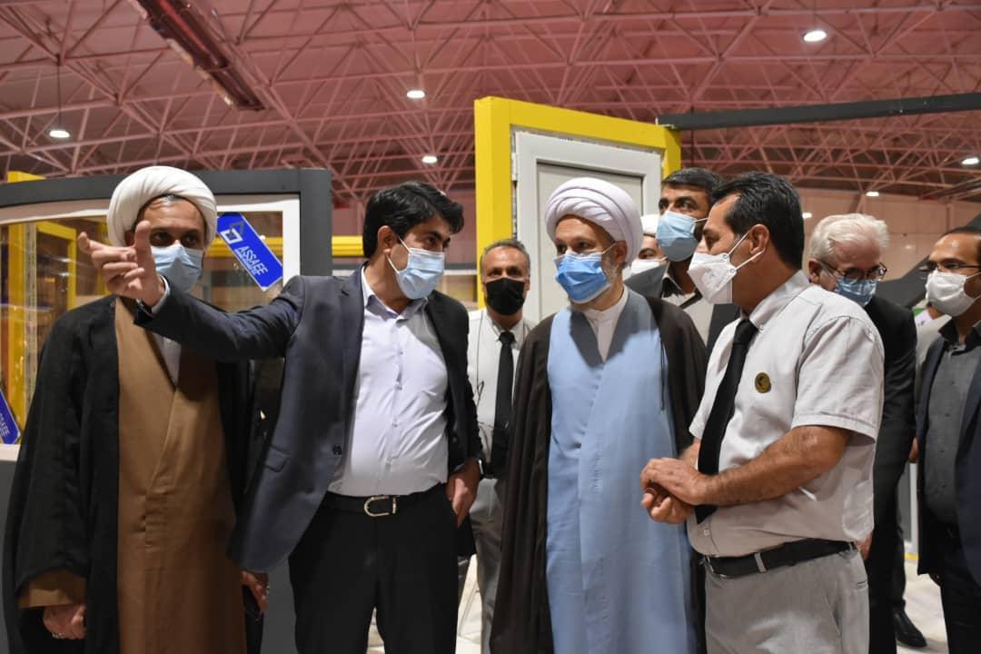 بازدید رئیس سازمان صنعت،معدن و تجارت استان فارس از نمایشگاه صنعت ساختمان